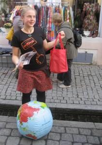 Kaufrausch-Stadtfuehrung_Barbara Stocker (32)